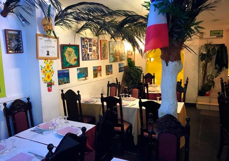 Restaurant-La-Charrette-Créole-Paris