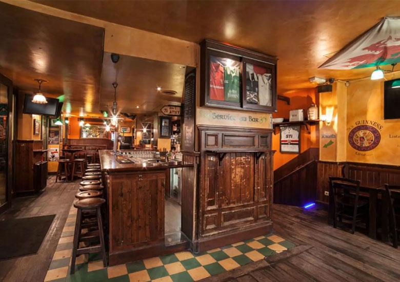 pub-corcorans-saint-michel-paris