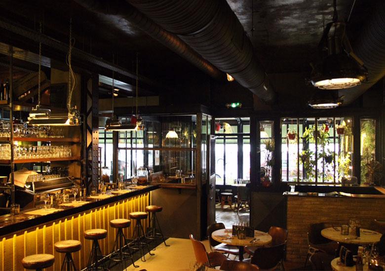 bar-restaurant-the-place-to-paris