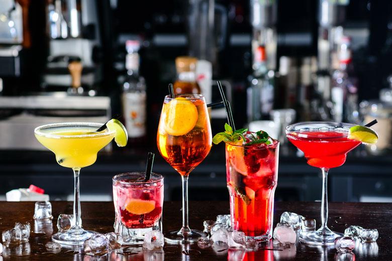 comment-bien-deguster-ses-cocktails-technique