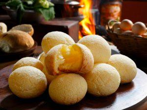recette pao de queijo, boule de pain brésilienne au fromage et tapioca