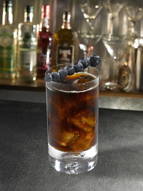 black-cocktail-vodka-creme-de-mure