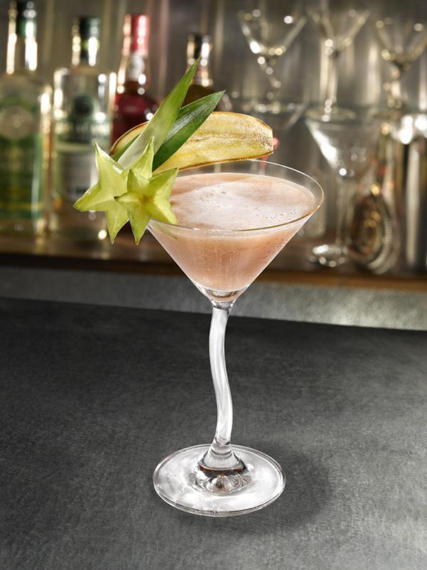 cherry-banana-cocktail-vodka-creme-cerise