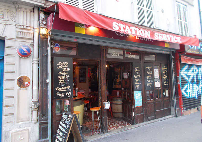 Bar-Station-Service-Café-Paris