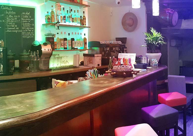 Bar-Les-Planteurs-Rilleux-La-Pape